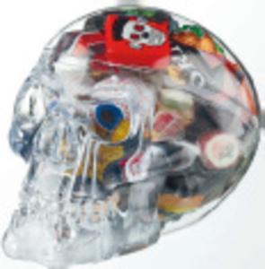 Totenkopf gefüllt  mit Süßigkeiten