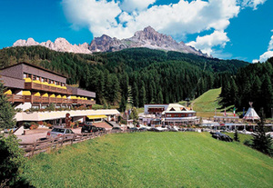 Italien - Südtirol  Sporthotel Obereggen Wellness & Vital