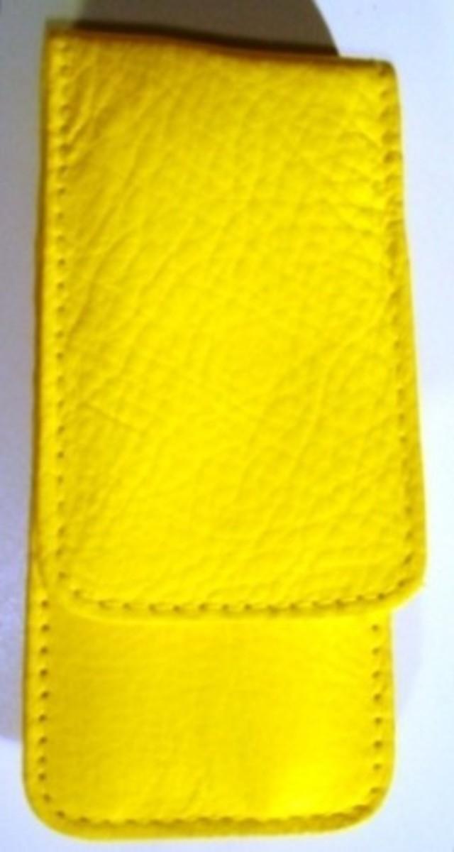Bild 1 von 3F Lederetui (Rindleder) 3-tlg. mit Druckknopf gelb