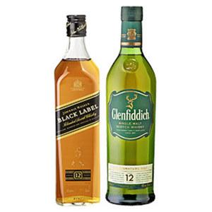 Johnnie Walker Black Label oder Glenfiddich Single Malt Scotch Whisky 12 Jahre 40/40 % Vol.,  jede 0,7-l-Flasche