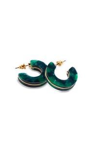 Blaugrüne, breite Ohrringe aus Kunstharz