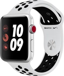Apple Watch Nike+ (42mm) GPS + Cellular mit Nike Sportarmband silber/pure platinum/schwarz