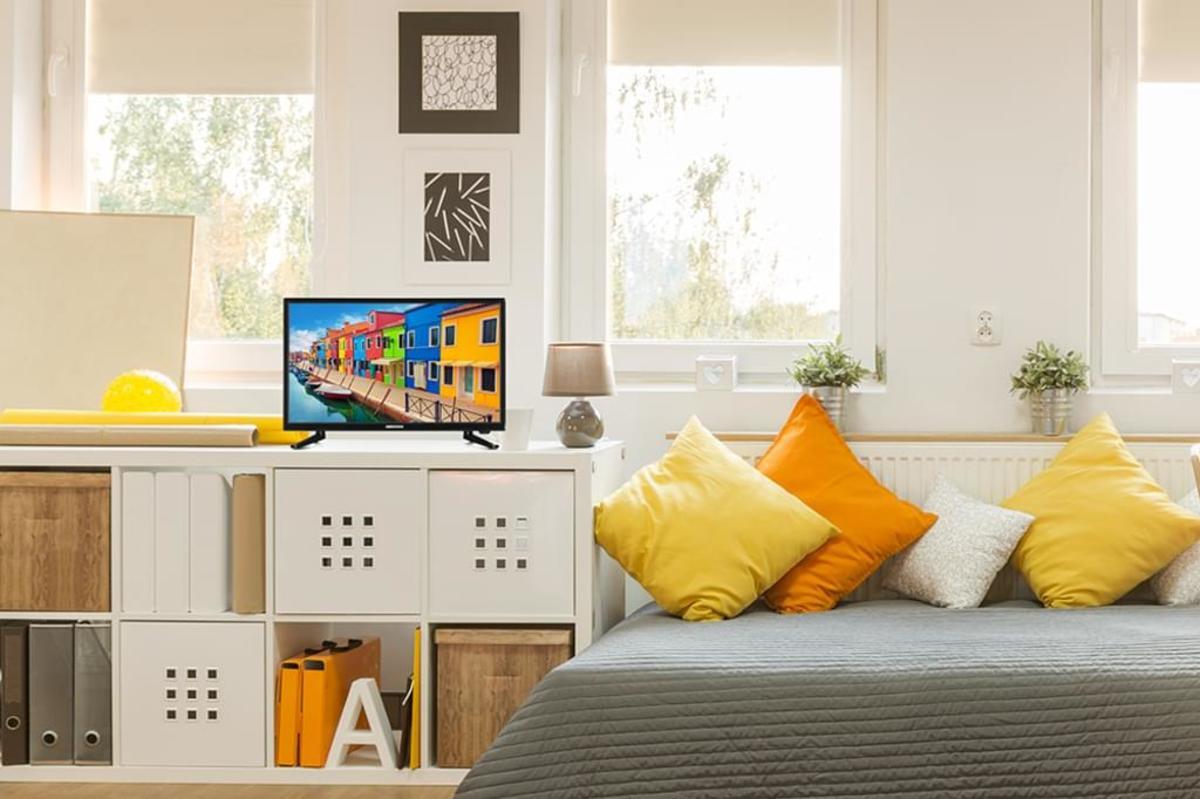 Bild 3 von Medion Life P13175 Full HD LED 54,6 cm (21,5 Zoll) Triple Tuner