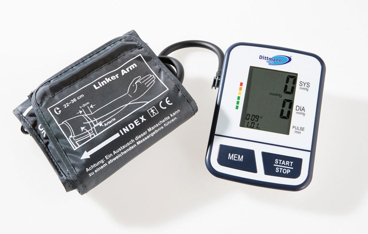Bild 1 von Dittmann Digitales Oberarm-Blutdruckmessgerät EBO 526