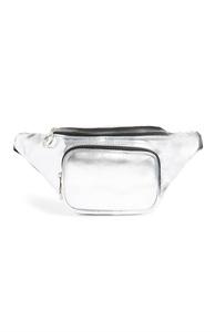 Silberne Gürteltasche in Metallic-Optik