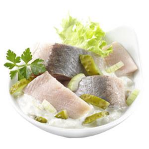 Heringssalat weiss hausgemacht, je 100 g
