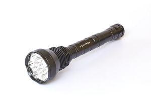 Elytron Profi-LED-Akku-Taschenlampe im Koffer