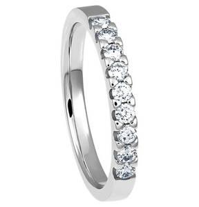 Moncara             Diamant-Ring 585 Weißgold mit 9 Diamanten, zus. ca. 0,35 ct