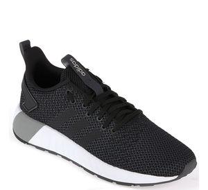 adidas Sneaker - QUESTAR BYD