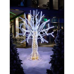 Tarrington House LED-Baum