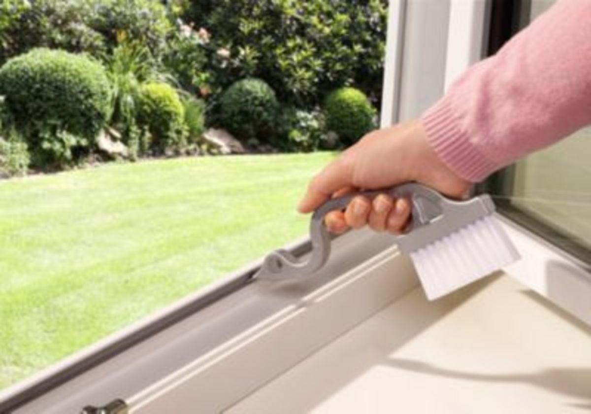 Bild 2 von Fensterrahmenbürste