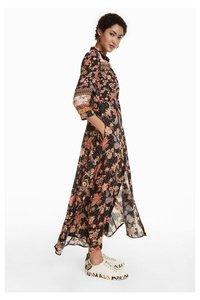 Erdenet Kleid
