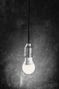 Bild 2 von Osram LED Leuchtmittel 6er Birne 9W / 827 FR E27