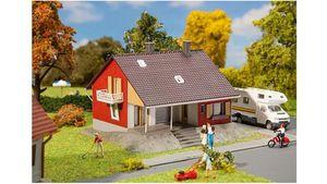Faller 131355 - H0 - Wohnhaus mit Terrasse