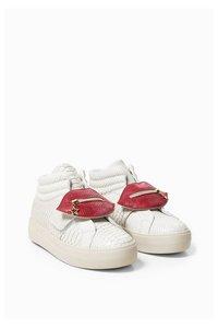 Luna Animal  Sneakers