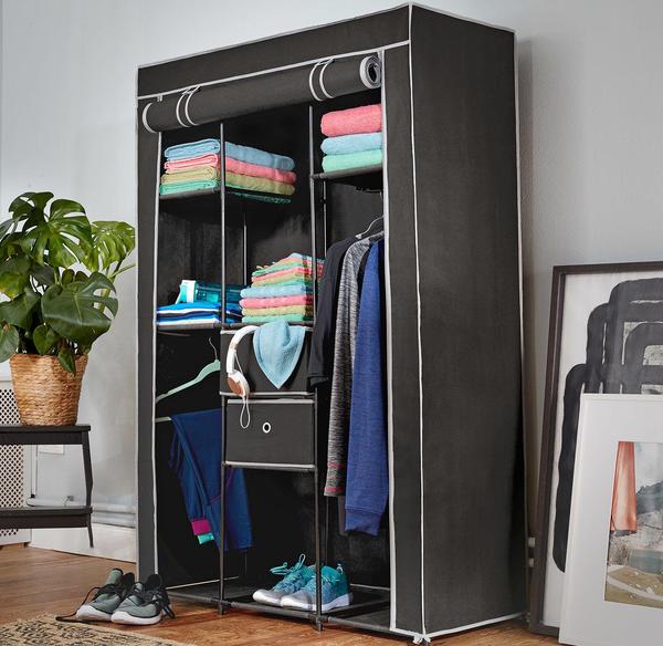 kleiderschrank mit viel stauraum ca 105x45x158cm von nkd. Black Bedroom Furniture Sets. Home Design Ideas