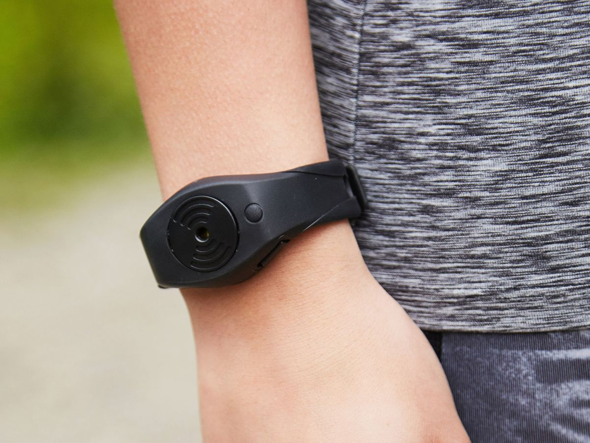Bild 3 von Run Angel, Wearable mit Alarmfunktion, schwarz