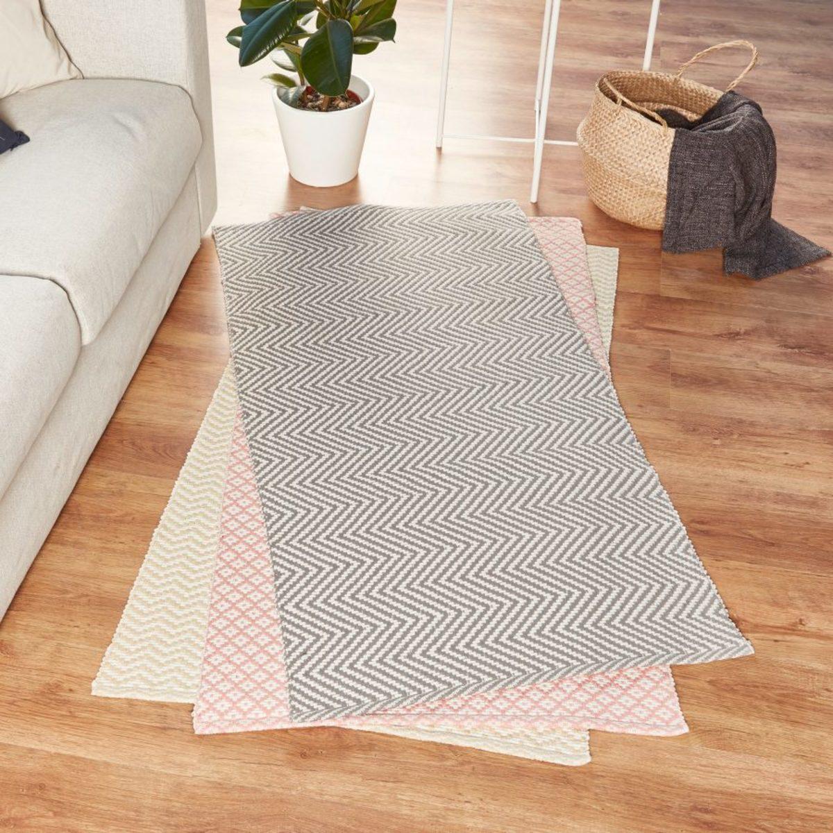Bild 5 von HOME CREATION     Teppichbrücke