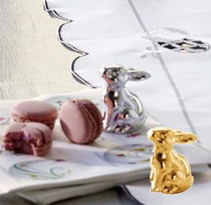 Porzellan-Hase mit spiegelnder Oberfläche, ca. 5x3,5x6cm