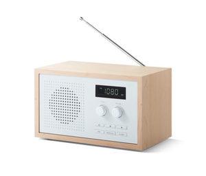Design-FM-Radio im formschönen Holzgehäuse