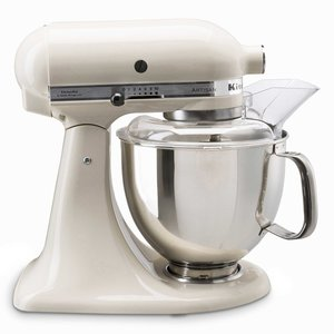 KitchenAid Küchenmaschine Artisan   4,8l, Creme 5tlg.
