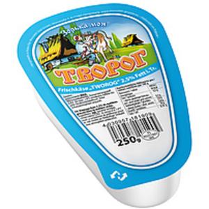 """Frischkäse """"Tworog Domaschnij"""" (dreieckig) 2,5% Fett i.Tr."""