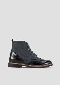 Boots mit Stitchings
