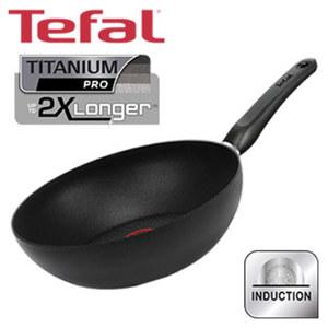 """Wokpfanne """"Delicia Pro"""" - TEFAL-Titanium Pro® Antihaft-Versiegelung - starker Induktionsboden mit eingearbeiteter ferromagnetischer Edelstahlplatte für perfekte Hitzeverteilung - je ca. 28 cm"""