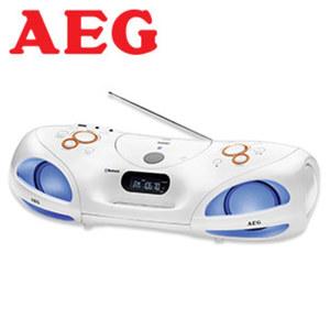 Bluetooth®-Stereo-Soundbox SR 4371 BT · inkl. Discolicht in 7 Farben · CD-Player, MP3 · PLL-UKW-Tuner · USB-/Aux-Anschluss · Netz- oder Batteriebetrieb · IR-Fernbedinung