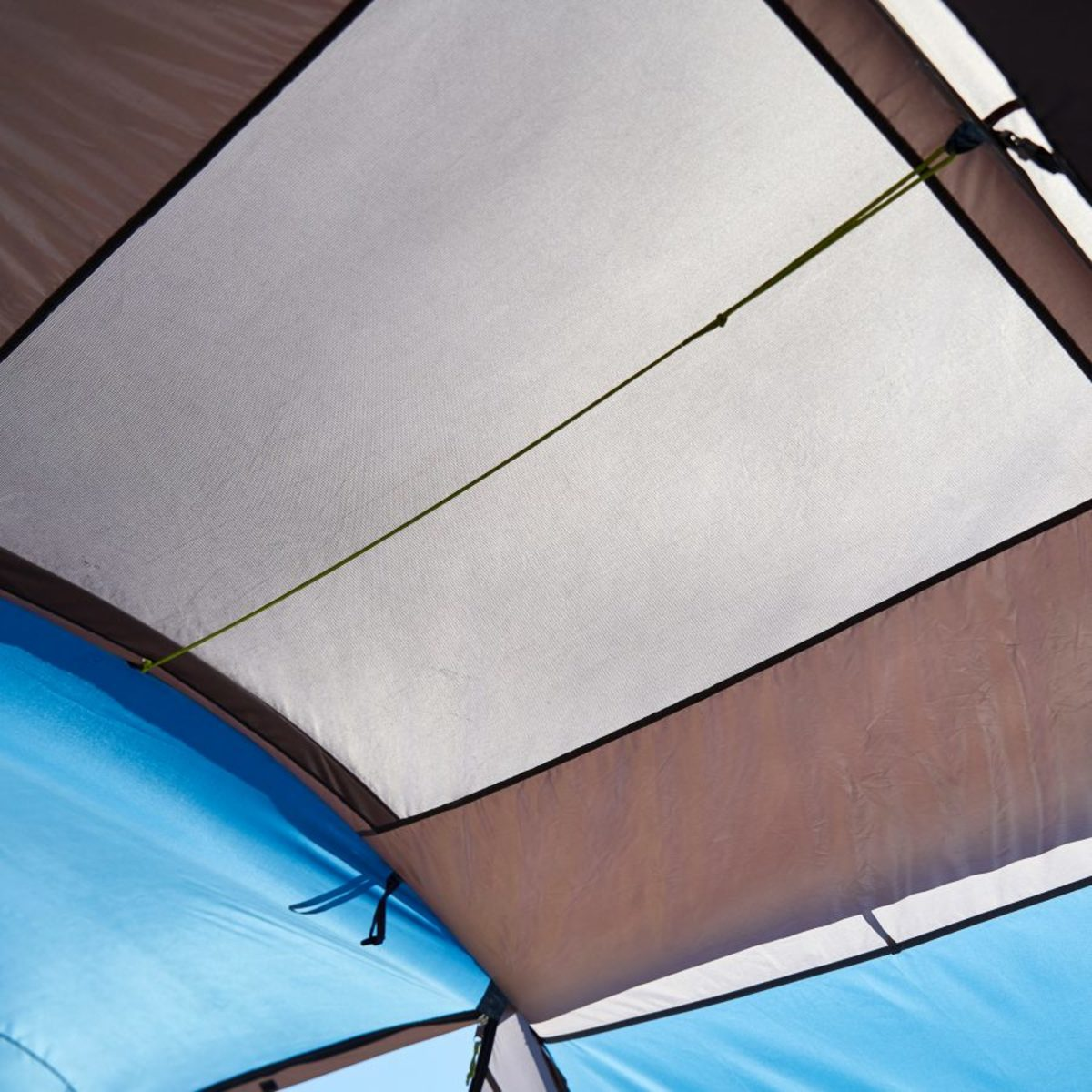Bild 5 von FUN CAMP     4-Personen-Großraumzelt