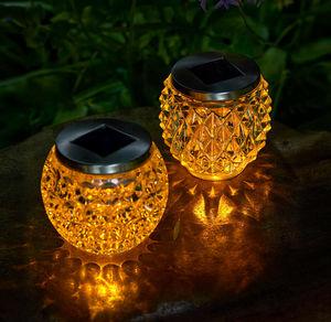 Solar-Tischlicht in wunderschöner Kristalloptik, ca. 11x10cm