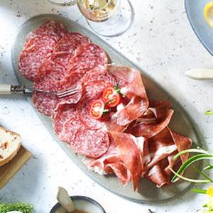Original Italienischer San Daniele Schinken luftgetrocknet, mild gesalzen, je 100 g