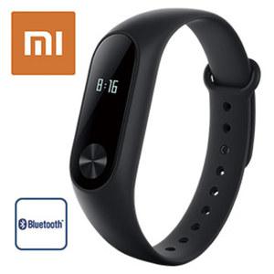 Xiaomi MiBand 2 • 1,06-cm-(0,42'')-OLED-Touch-Display • Herzfrequenz-Sensor, Schrittzähler, Kalorienzähler, Schlafanalyse • Smartphone-Benachrichtigungen • IP-67-wasserdicht