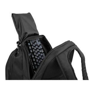 MEDION ERAZER® X89077 Gaming-Rucksack, Perfekter Schutz für unterwegs, Gepolstertes Notebookfach für Notebooks bis 17'', Hoher Tragekomfort durch optimierte Anpassung