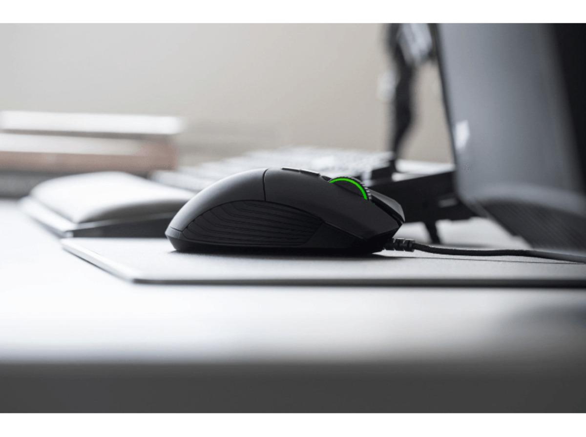 Bild 5 von RAZER Basilisk Gaming Maus, kabelgebunden, Schwarz/Grün