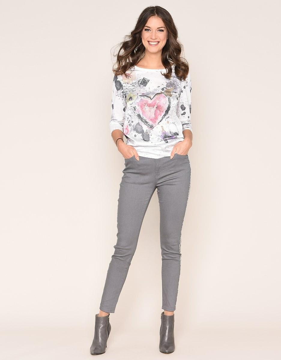 Bild 2 von Viventy - Romantisches Shirt mit Schmuckstein-Dekoration