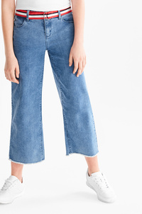 Here and There         THE CULOTTE JEANS mit Gürtel