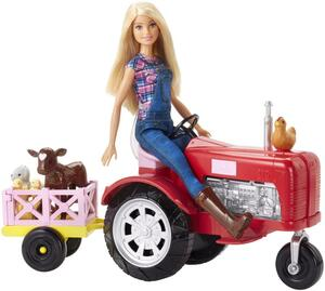 Barbie als Bäuerin mit Traktor