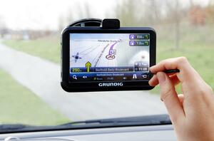 GRUNDIG  M5 Navigationssystem
