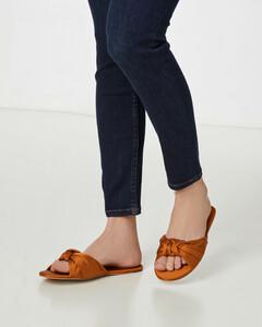 Satin-Pantoletten mit Knotendetail