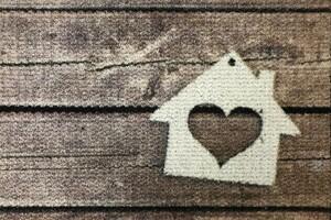 Bella Casa Türmatte Wash & Dry, ca. 40 x 60 cm, Holzoptik mit weißem Haus