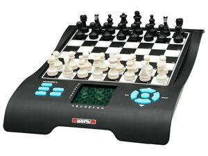MILLENNIUM Schachcomputer Europe Chess Master II