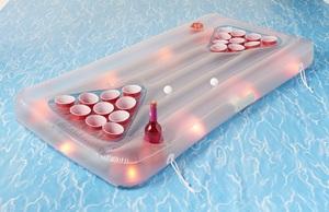 Silvertree Aqua-Pong-Luftmatratze 160 x 84 cm mit LED-Beleuchtung, Aussparungen für 22 Becher
