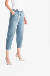 Yessica         THE LOOSE FIT JEANS mit Gürtel