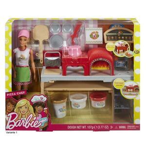 Barbie als Pizzabäckerin mit Pizzastand