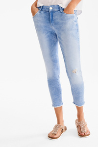Yessica         THE CROP JEANS