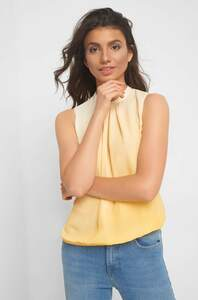 Bluse im Ombre-Look