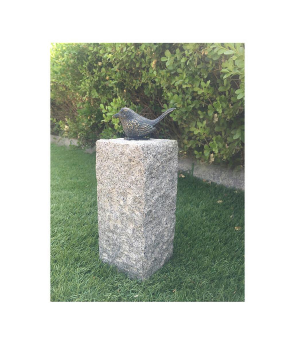 Bild 2 von Dehner Granit-Säule mit Bronze-Vogel, 12 x 12 x 35 cm