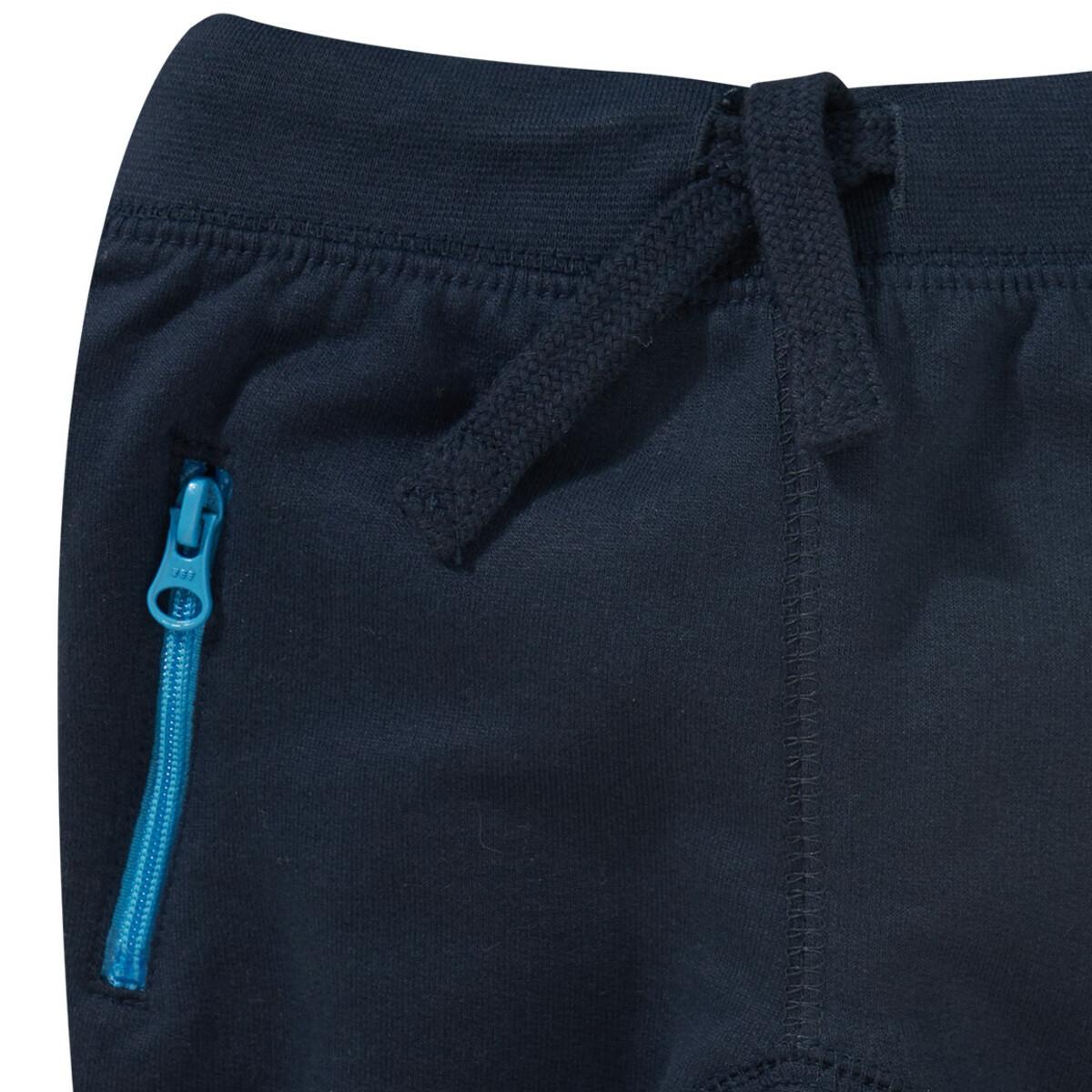 Bild 5 von Newborn Sweatshirt und Jogginghose im Set