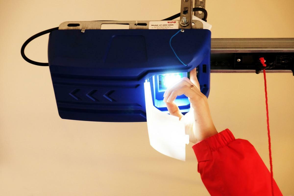 Bild 2 von Tech Craft Garagentoröffner